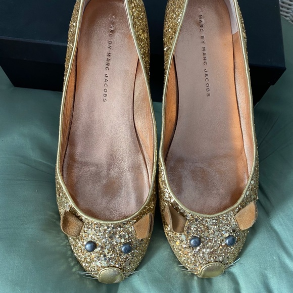 """Marc by Marc Jacobs """"mouse"""" flats."""